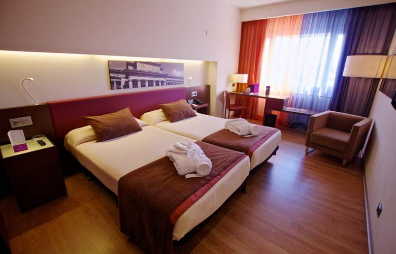 Ayre Gran Hotel Colon - Room - 11