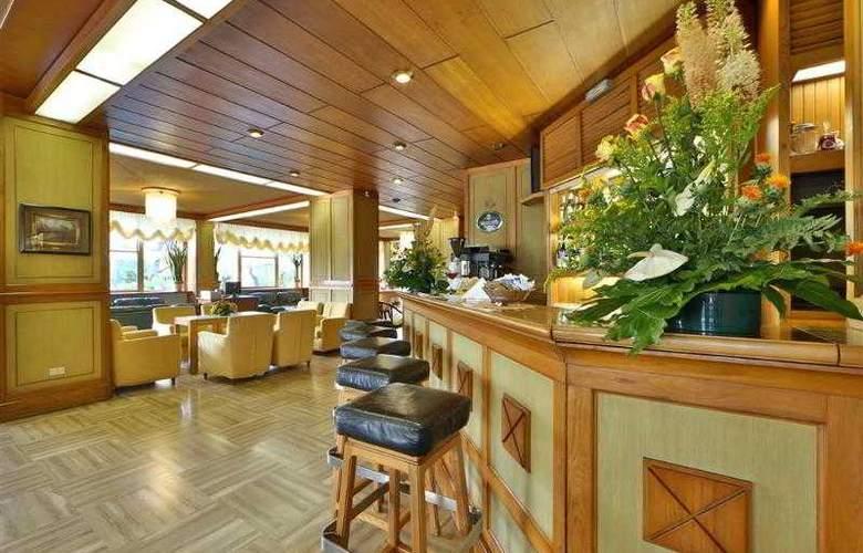 Best Western Abner's - Hotel - 56