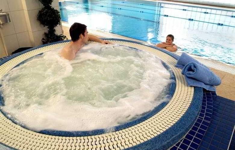Treacys Hotel Spa & Leisure Club Waterford - Sport - 9