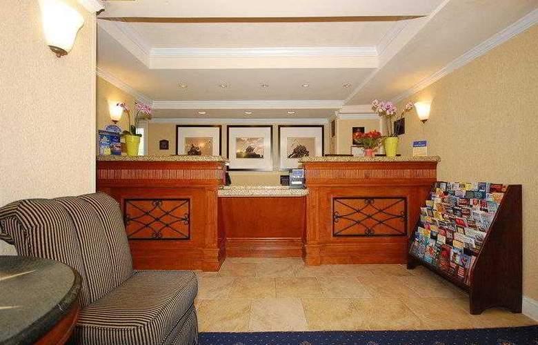Best Western Rosslyn/Iwo Jima - Hotel - 18
