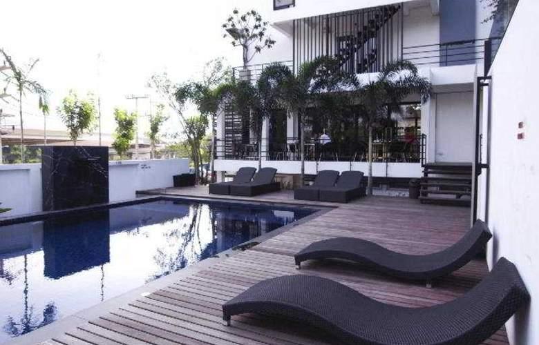 Manita Boutique Hotel - Pool - 9