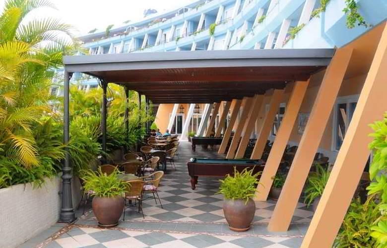 La Quinta Park Suites - Hotel - 2
