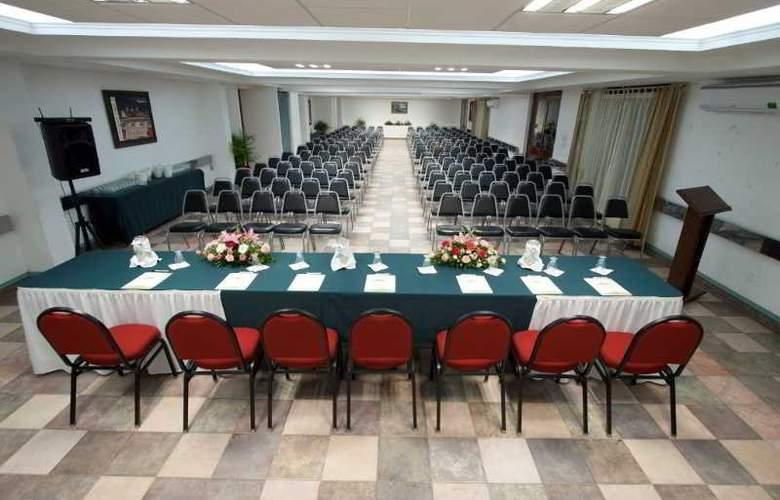 Los Olivos Spa - Conference - 8