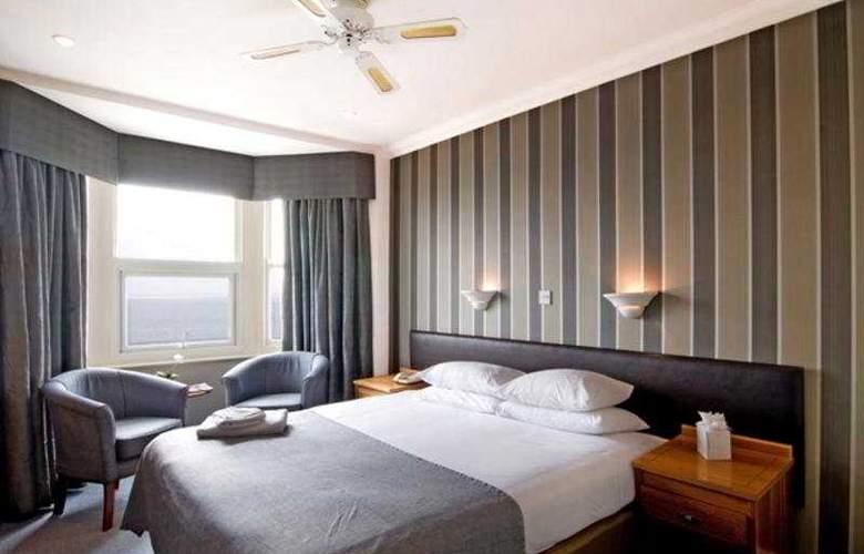 Umi Brighton - Room - 3