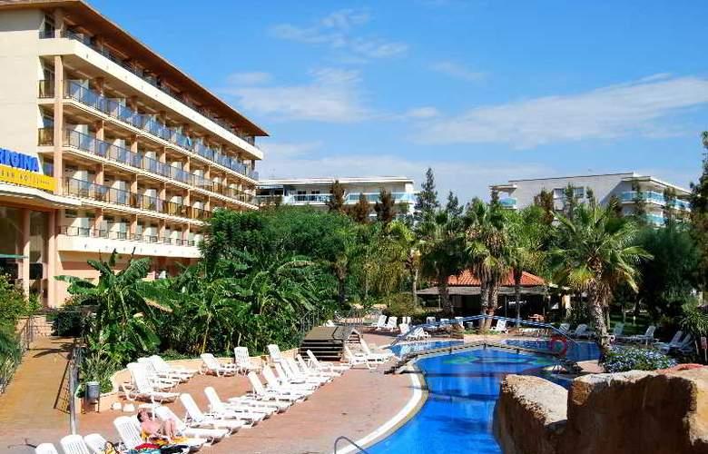 Regina Gran Hotel - Hotel - 8