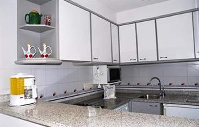 Blaumar Apartamentos - Room - 3