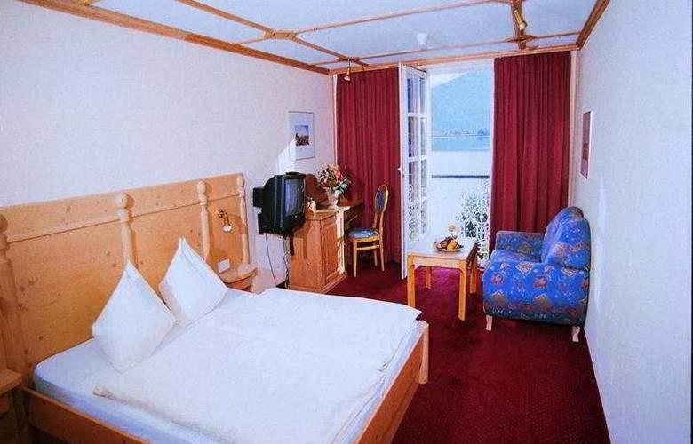 Grand Hotel - Room - 5