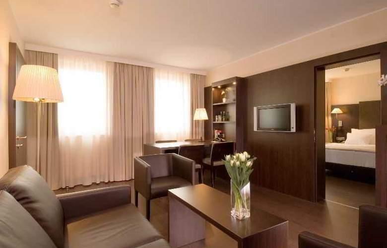 NH Danube City - Room - 12