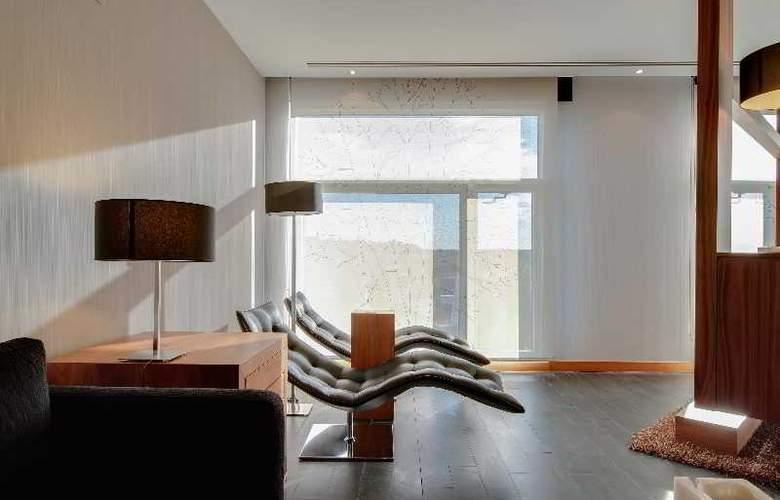 Rafaelhoteles Madrid Norte - Room - 22