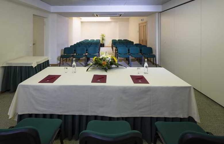 Luna Esperança Centro - Conference - 12