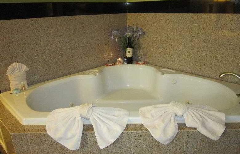 Best Western Southside Hotel & Suites - Hotel - 4