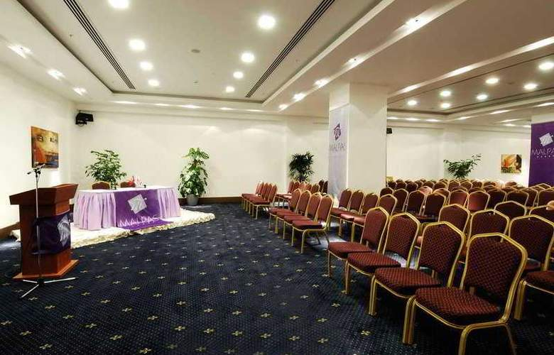 Malpas - Conference - 6