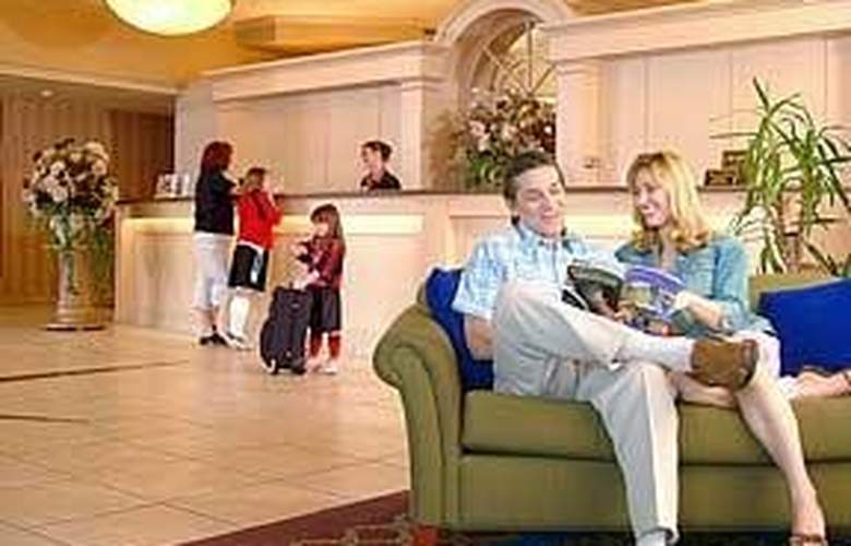Quality Hotel Parkway Convention Center St. Cather - General - 4