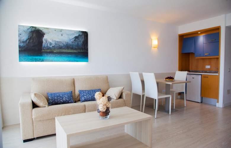 Ola Aparthotel Tomir - Room - 16
