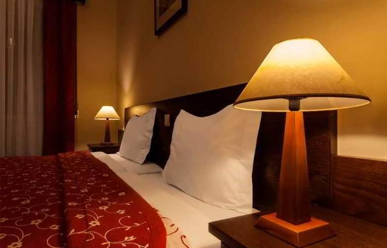 Hotel Pao De Acucar - Room - 12