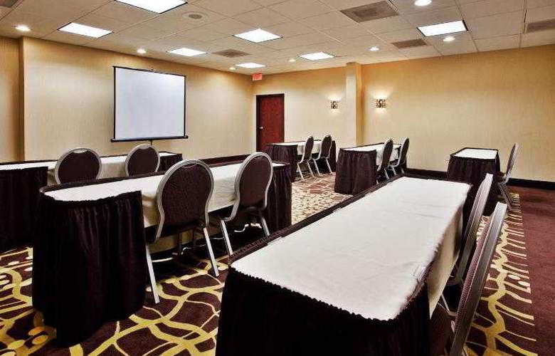 Holiday Inn Express Atlanta Airport - Hotel - 9
