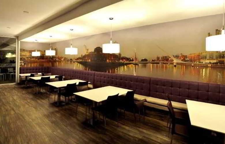 Aku Hotels - Restaurant - 2