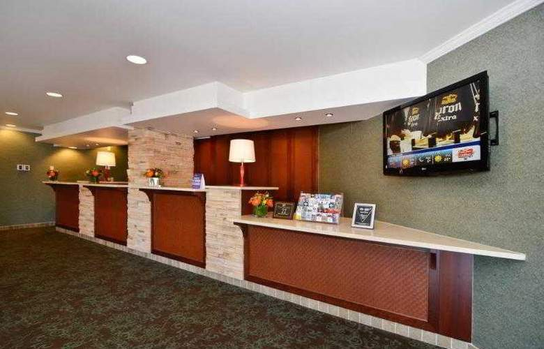 Best Western Langley Inn - Hotel - 30