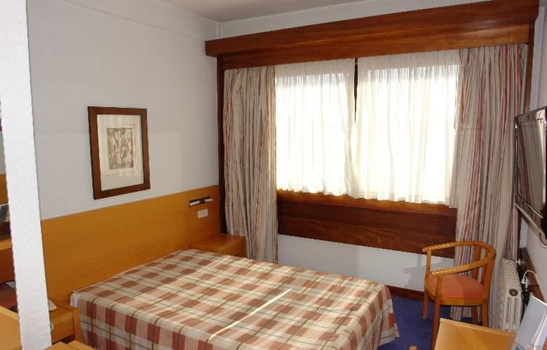 Eurosol Leiria & Eurosol Jardim - Room - 8