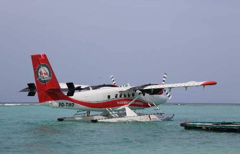 Palm Beach Resort & Spa Maldives - Hotel - 11
