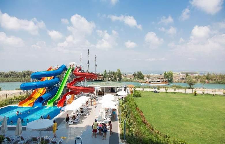 Water Side Delux Resort - Sport - 111