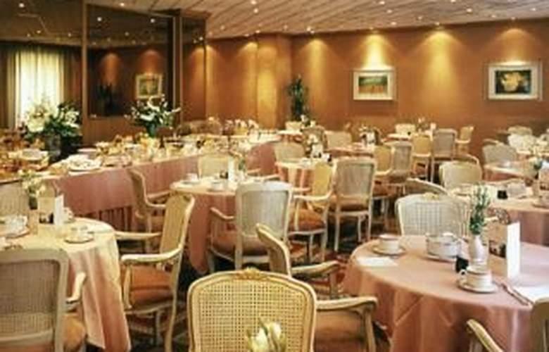 Grand Hotel Oriente - Restaurant - 2