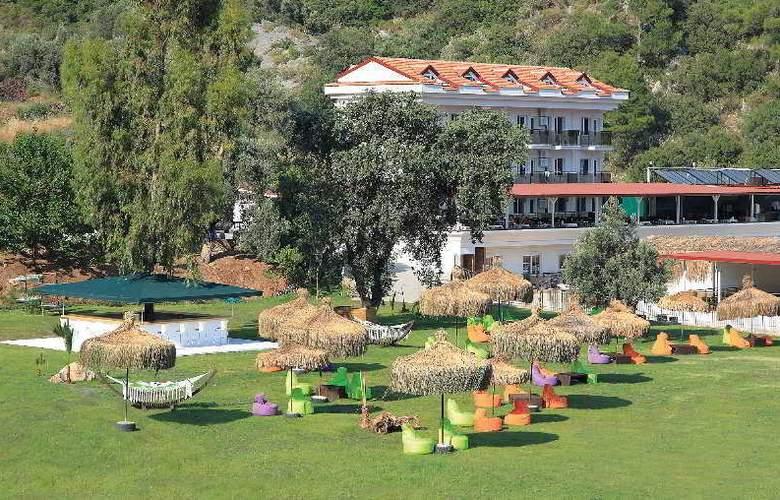 Manas Park Oludeniz  - Terrace - 12