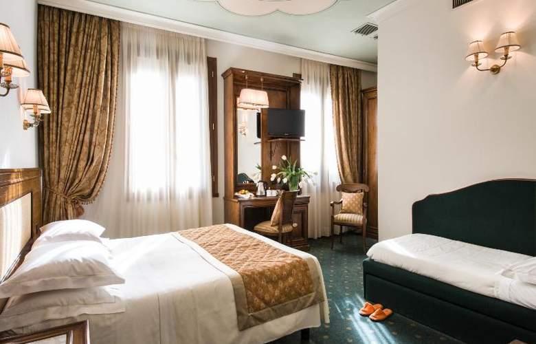 Adler Cavalieri - Room - 19