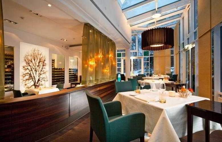 Schlosshotel Lerbach - Restaurant - 7