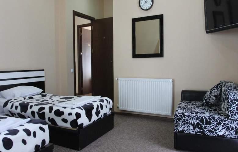 Diplomat Hotel - Room - 24