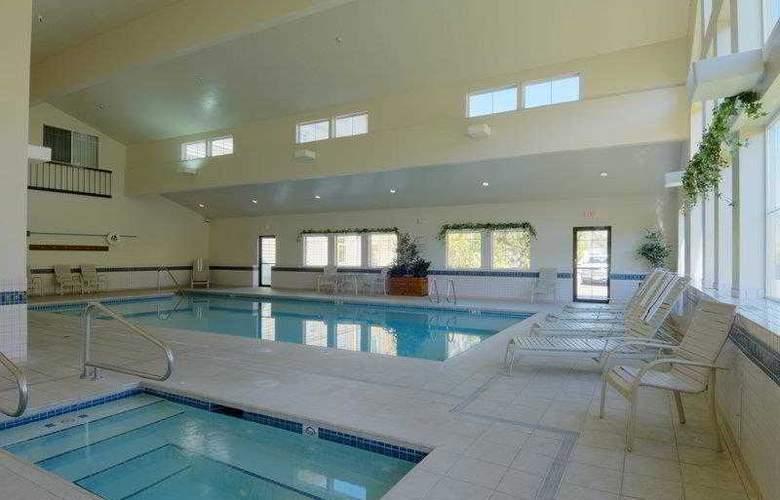 Best Western Plus Grant Creek Inn - Hotel - 10