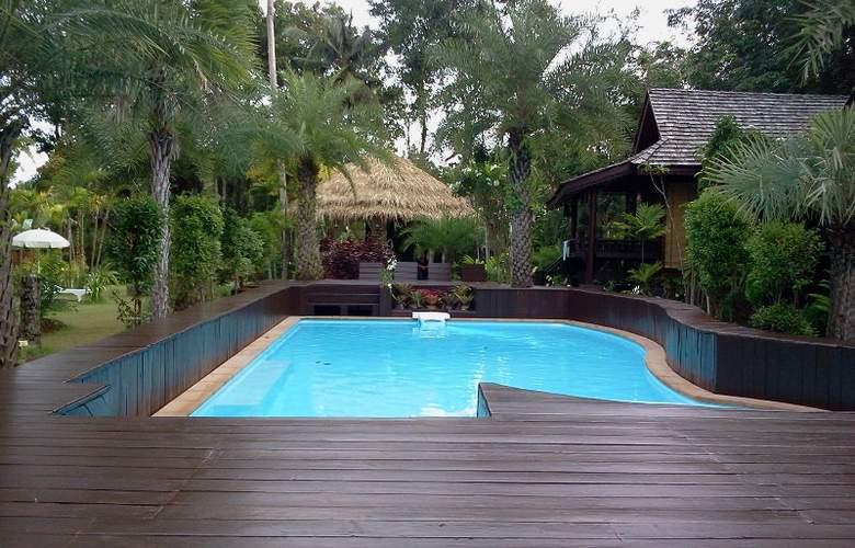 Baan Habeebee Resort - Pool - 2