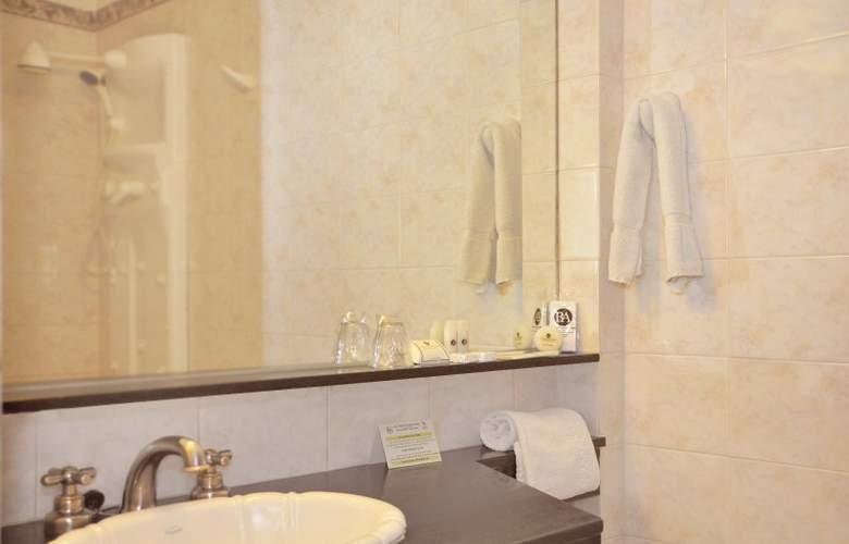 Gran Hotel Buenos Aires - Room - 11