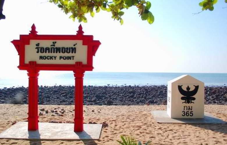 Rocky Point Resort - Beach - 2