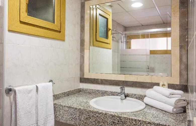 Apartamentos Benhur - Room - 17