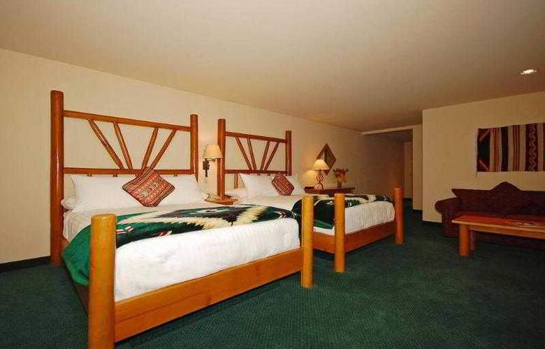Best Western Plus Kentwood Lodge - Hotel - 45