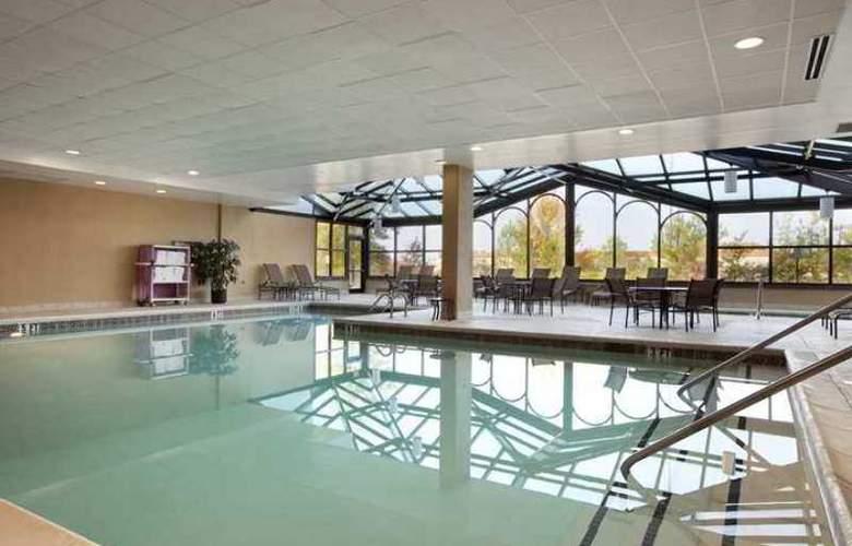 Hampton Inn & Suites Tulare - Hotel - 2