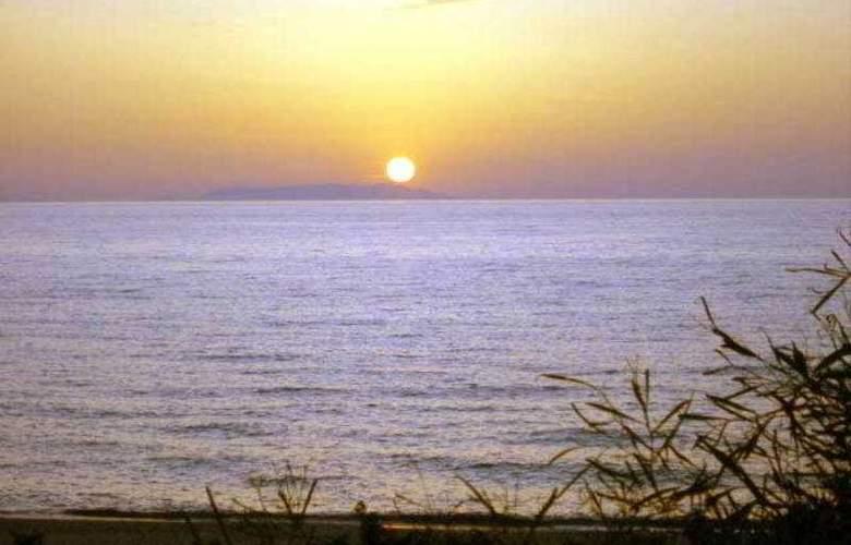 Sandalia - Beach - 13
