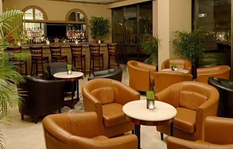 Kimpton Glover Park - Bar - 2