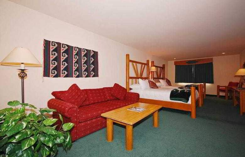 Best Western Plus Kentwood Lodge - Hotel - 43
