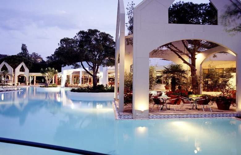 Dionysos - Restaurant - 33