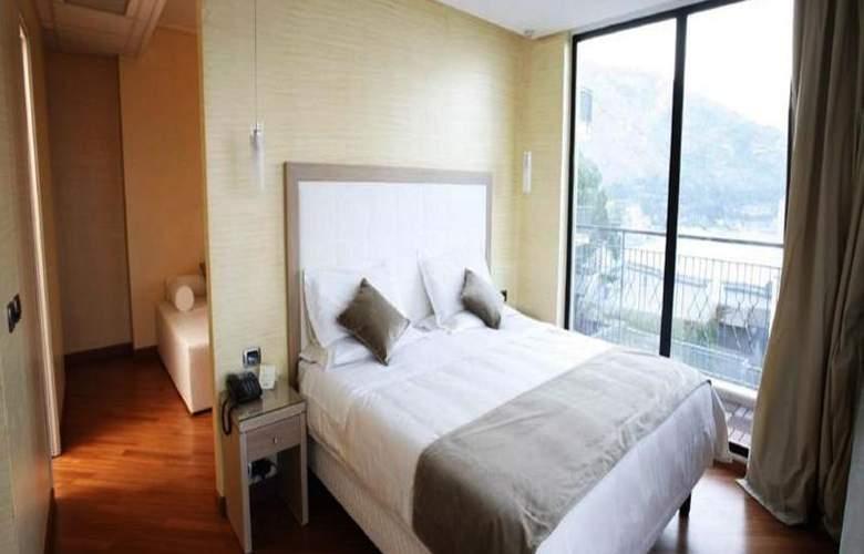 Villa Esperia - Room - 6