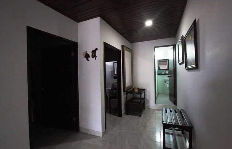 Zoila Agudelo Aptos - Room - 23
