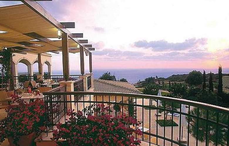 Aphrodite Hills Resort - Terrace - 6