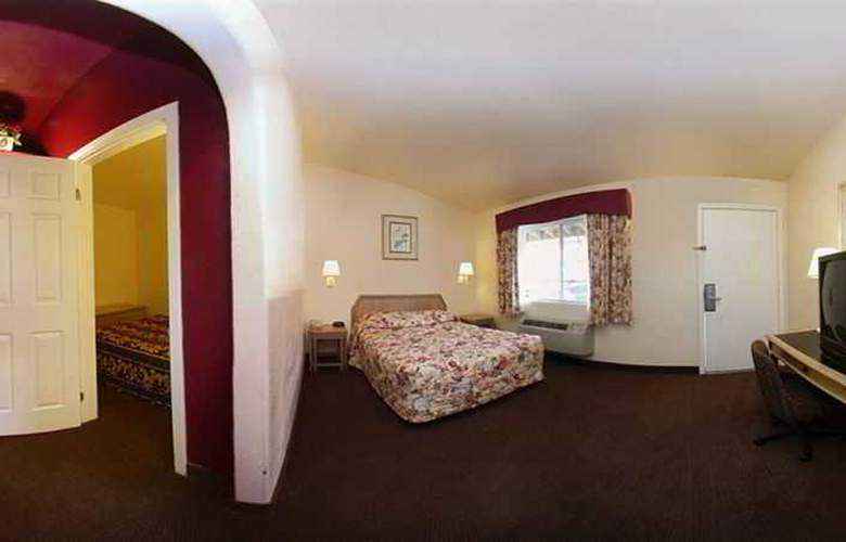 Anaheim Discovery Inn & Suites - Room - 2
