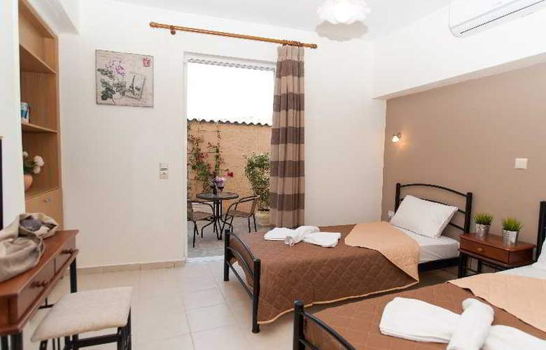 Castello Apartments - Room - 11