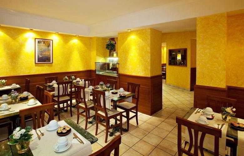 Univers - Restaurant - 8