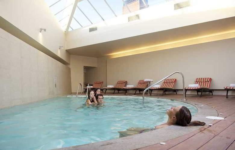 Radisson Puerto Varas Colonos Del Sur Hotel - Pool - 2