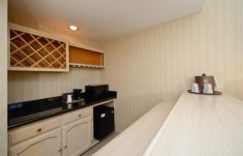 Best Western Plus Executive Suites - Room - 33