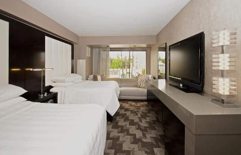 Beverly Hills Marriott - Room - 25